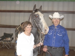 Carolyn and Gary Pope and On the Loose and Armed after their Country Pleasure win.jpg